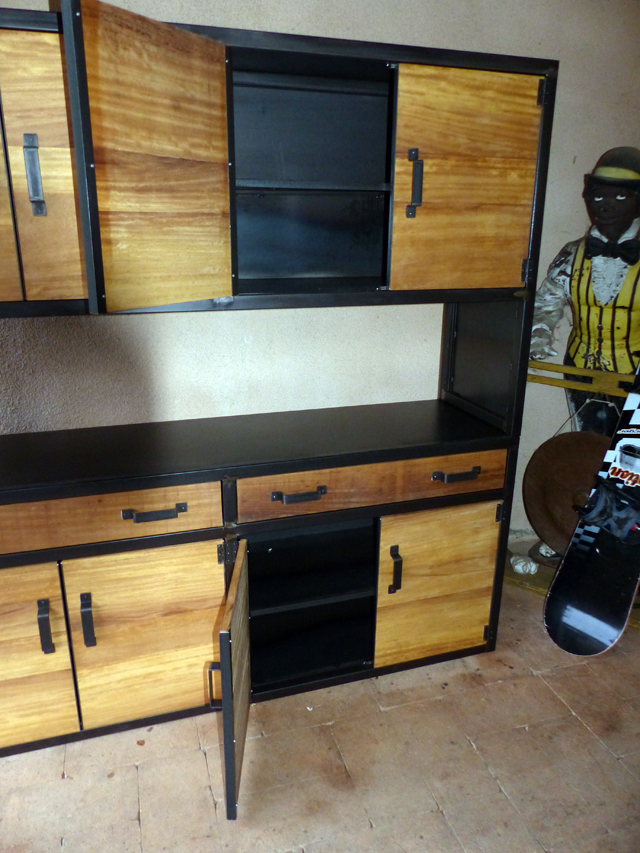 buffet industriel sur mesure bois m tal. Black Bedroom Furniture Sets. Home Design Ideas