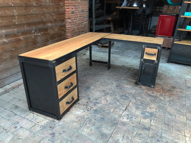 Brocantetendance fabrication sur mesure mobilier for Bureau industriel metal bois